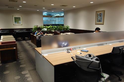 福岡空港ラウンジ14